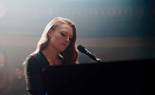 'An incredible singer': Freya Ridings is YouTube Music's new Artist On The Rise
