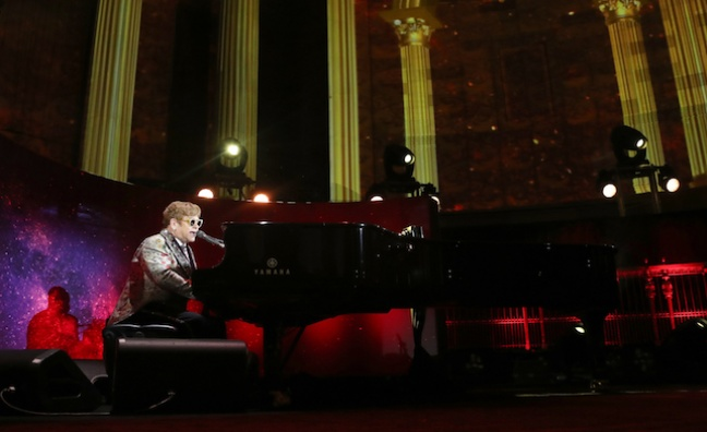 Sir Elton John to quit live touring