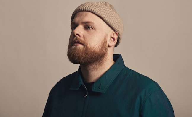 Tom Walker breakout hit nears 50 weeks in European Border Breakers chart