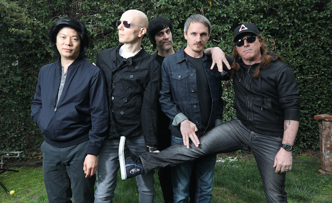 A Perfect Circle sign worldwide record deal with BMG