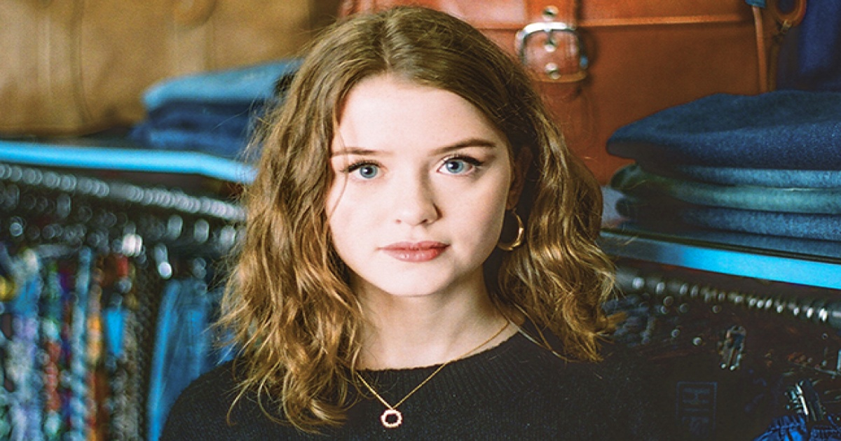 'Writers need to back themselves': Maisie Peters talks co-writing as new single drops